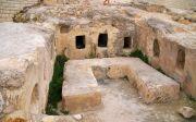 아리마대 요셉의 무덤과 동일한 무덤 구조인 코힘(kochim tomb)으로, 개인이 아닌 가족 무덤이다. 바위를 파서 만든 무덤이다. /두루Tentmaker(두루투어/두루에듀/두루